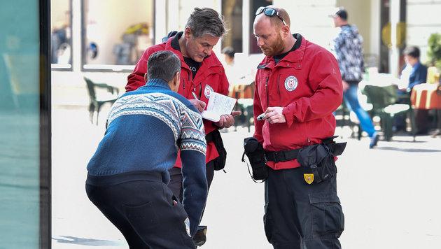 In der Landeshauptstadt Linz wird streng gegen die organisierte und illegale Bettelei vorgegangen. (Bild: Harald Dostal)
