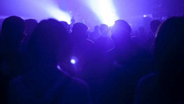Wien: Erneut illegaler Rave von Polizei aufgelöst (Bild: thinkstockphotos.de)