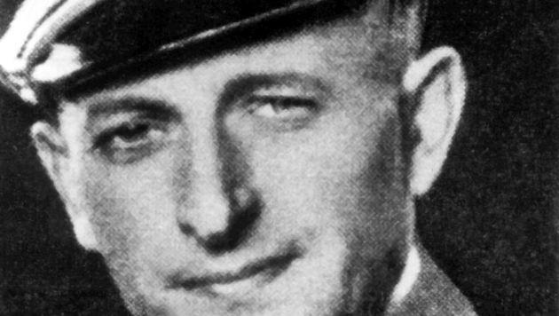 Ein undatiertes Archivbild des NS-Kriegsverbrechers Adolf Eichmann in der Uniform der SS (Bild: APA/Dpa Archiv)