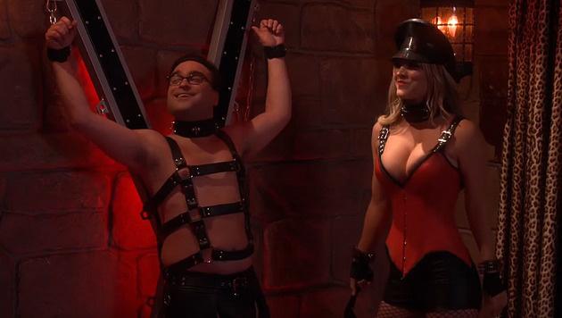 Diese Szene gibt's im TV leider nicht zu sehen! (Bild: YouTube.com)