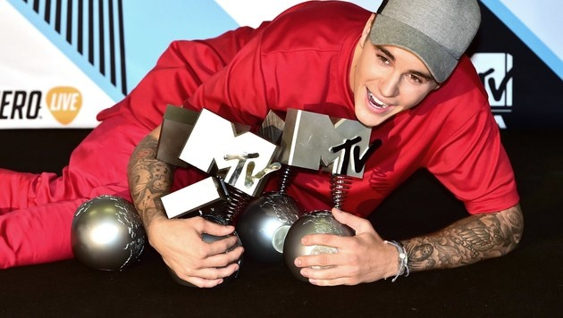 Justin Bieber räumte bei den MTV EMAs vier Trophäen ab. (Bild: AFP)