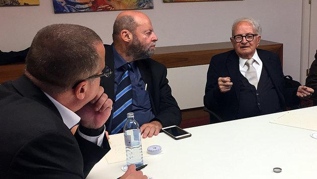 Richard Schmitt, Michael Kleiner und Rafi Eitan (v.li.) (Bild: krone.at)