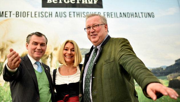 Die Firma GLS von Edmund Wall (r., hier mit Toni Mörwald und Barbara van Melle)ist pleite. (Bild: Markus Wenzel)