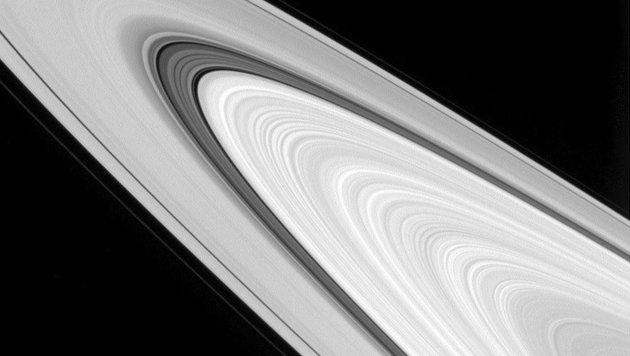 Ein Blick auf die gewaltigen Ringe des Saturn (Bild: NASA/JPL-Caltech/Space Science Institute)