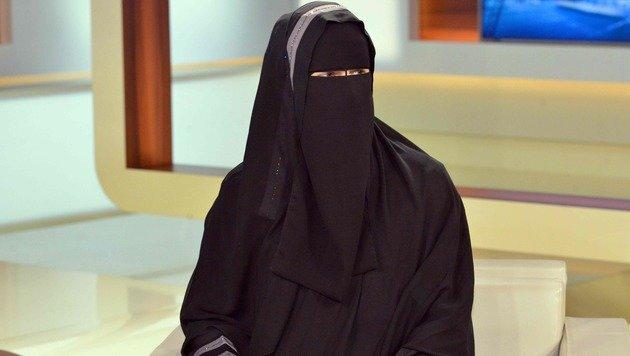 """""""Niqab-Nora"""": Justizwarnung und Gewaltpornos (Bild: APA/AFP/dpa/KARLHEINZ SCHINDLER)"""