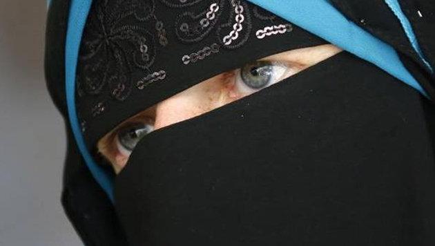 Niqab-Nora: Justiz ermittelt gegen Anne Will (Bild: facebook.com/nora.illi)