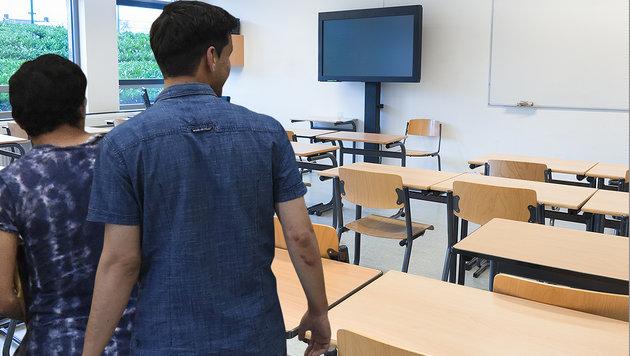 "FPÖ: ""Blitzschule"" für Migranten ist ""Wahnsinn"" (Bild: APA/HELMUT FOHRINGER, thinkstockphotos.de)"