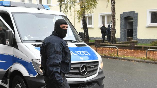 Razzien gegen die rechte Szene in Deutschland (Bild: APA/dpa/Julian Stratenschulte)