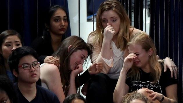Die Ergebnisse sorgen für Tränenausbrüche bei Clintons Anhängern. (Bild: APA/AFP/GETTY IMAGES/Drew Angerer)