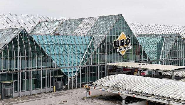 Das Uno Shopping in Leonding soll bald wieder wachgeküsst werden. (Bild: Harald Dostal)