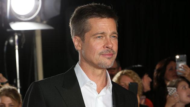Brad Pitt im Herbst 2016 zum ersten Mal nach der Trennung am Roten Teppich (Bild: Viennareport)