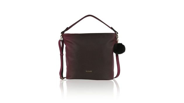 Handtasche in einem trendigen Beerenton (Bild: Humanic)