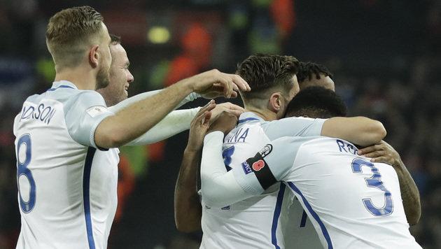 England schlägt Schotten, Weltmeister im Schongang (Bild: AP)