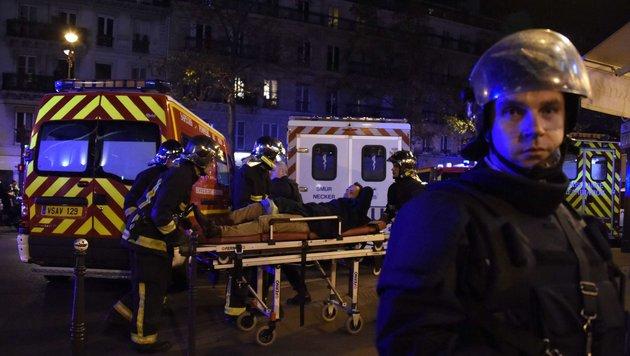 Ein Bild aus der Horrornacht von Paris (Bild: AFP)