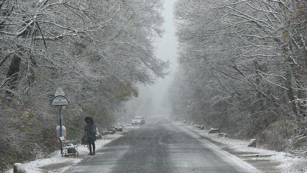 Erster Schneefall rettet Skisaison vorzeitig (Bild: Peter Tomschi)