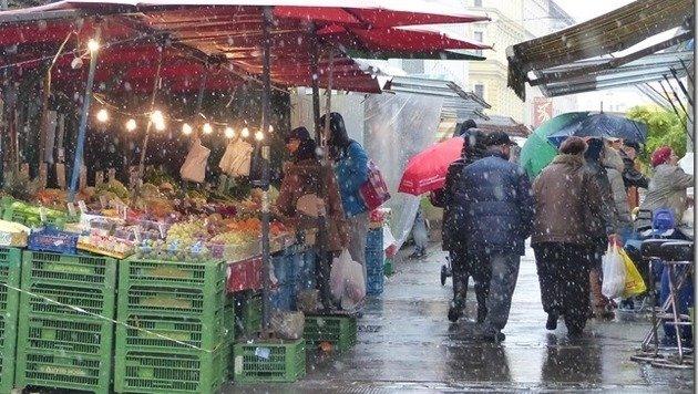 """In Wien blieb der Schnee zumeist noch nicht auf den Straßen liegen. (Bild: """"Krone""""-Leserreporter Erwin Graf)"""