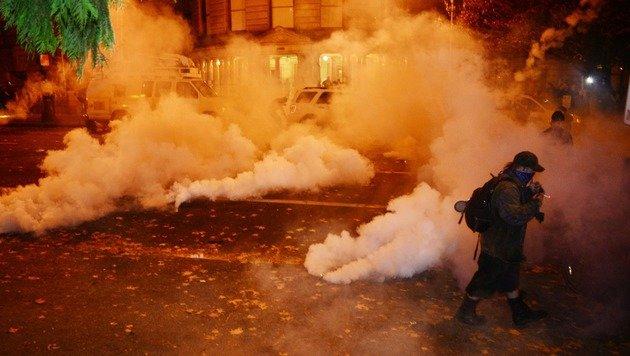 Portland: Schüsse bei Demo gegen Donald Trump (Bild: APA/AFP/ALD Photography/ANKUR DHOLAKIA)