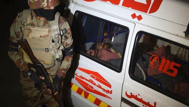 Dutzende Tote bei Bombenanschlag in Pakistan (Bild: AFP)