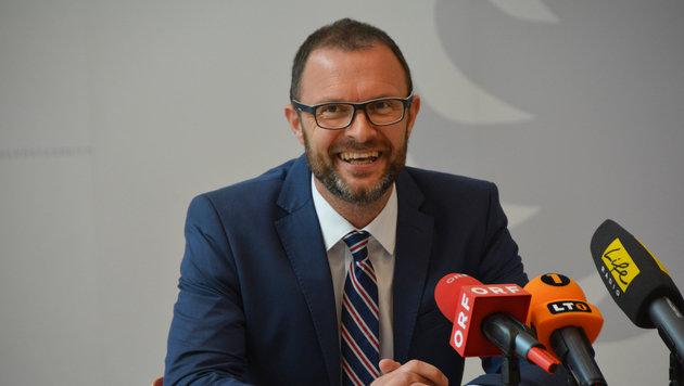 """Landespolizeidirektor Andreas Pilsl bekam auch schon Post von dem """"Freeman"""". (Bild: Johann Haginger)"""