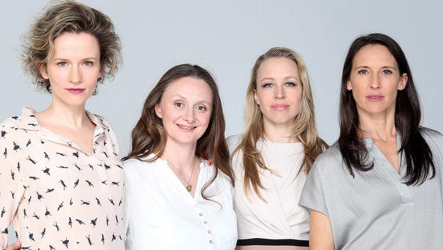 "Die ""Vorstadtweiber"" Adina Vetter, Gerti Drassl, Nina Proll und Maria Köstlinger (von links) (Bild: APA/dpa/Malte Christians)"