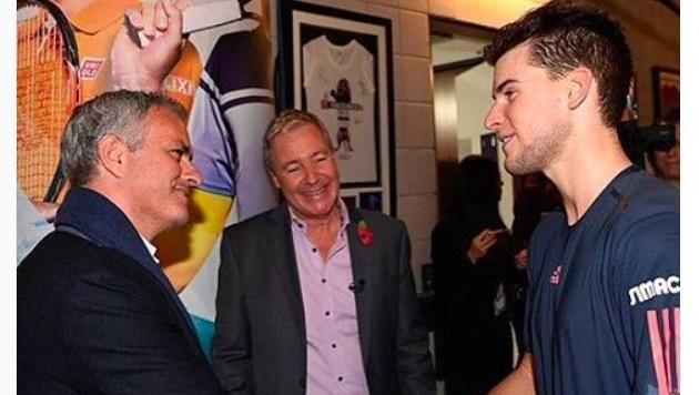 Nach dem ersten Spiel gratulierte Jose Mourinho Thiem zu seiner tollen Saison (Bild: Instagram)