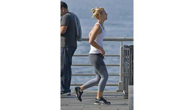 Claire Danes hält sich für Dreharbeiten mit Laufen fit. (Bild: Viennareport)