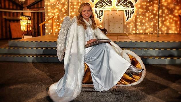 """""""Armes Christkind hat nur ein Kleidchen (Bild: zet)"""""""