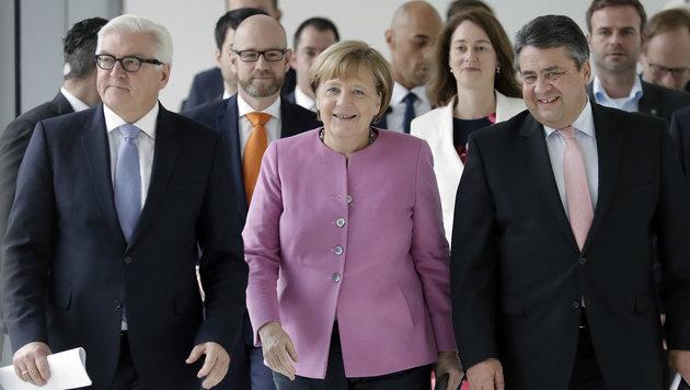 Steinmeier als Präsidentenkandidat vorgestellt (Bild: AP)