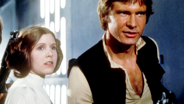 """Carrie Fisher und Harrison Ford als Prinzessin Leia und Han Solo in """"Star Wars"""" (Bild: Moviestore Collection/face to face)"""