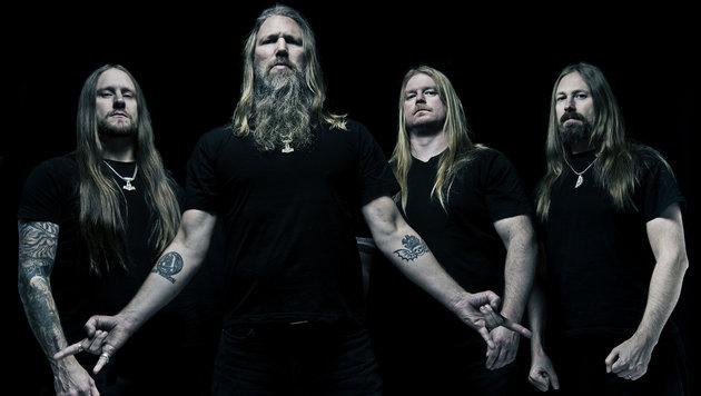 Amon Amarth: Vom Keller in den Chart-Olymp (Bild: Sony Music)