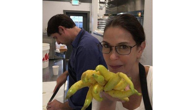 Teri Hatcher freut sich: Sie hat gerade gelernt, wie man Marmelade selber macht. (Bild: Viennareport)