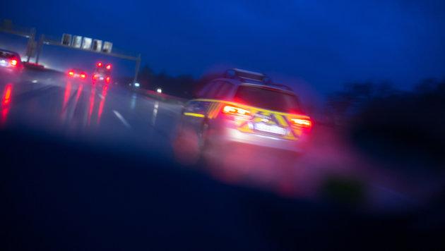Geisterfahrt ohne Licht auf Autobahn: Zwei Tote (Bild: thinkstockphotos.de)