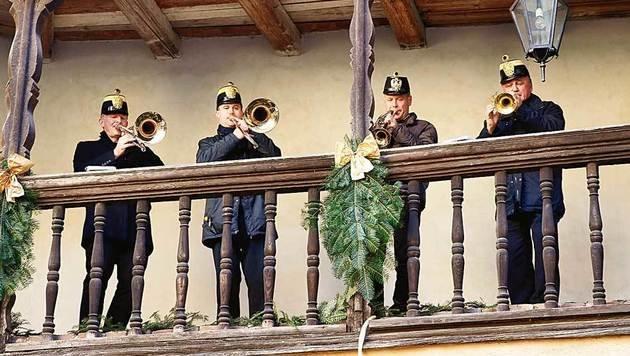 Das Original Hoch- und Deutschmeister-Quartett intoniert weihnachtliche Weisen. (Bild: Reinhard Holl)