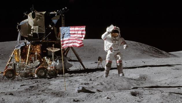 Apollo 16: Astronaut John Young auf dem Mond (Bild: NASA)