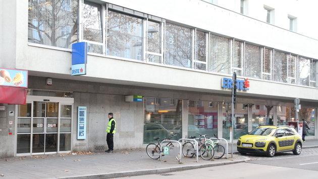 Diese Bankfiliale wollte der 45-Jährige überfallen. (Bild: Andi Schiel)