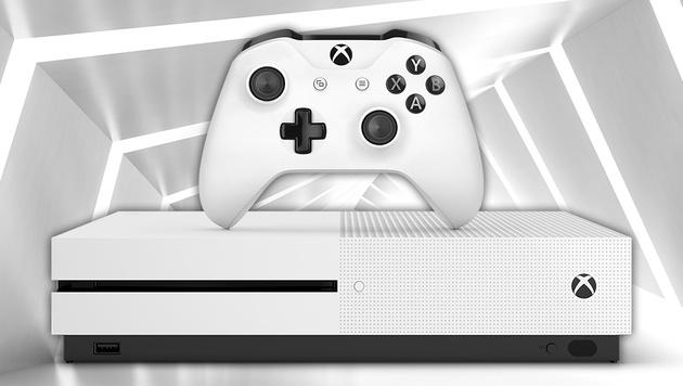 Spiele mit scharf, bitte! 4K-Gaming auf PS4 Pro (Bild: Microsoft, thinkstockphotos.de, krone.at)