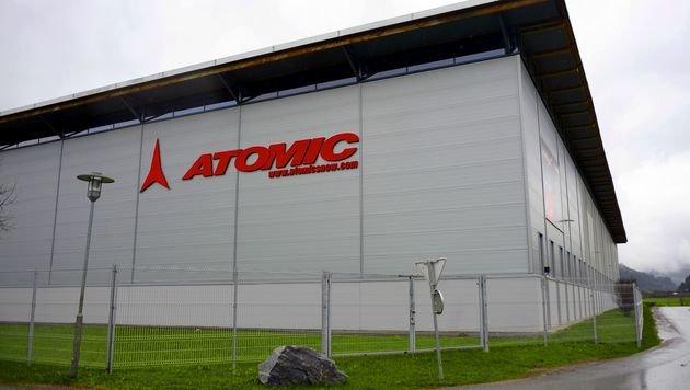 Das Atomic-Werksgebäude in Altenmarkt im Pongau (Bild: APA/Barbara Gindl)