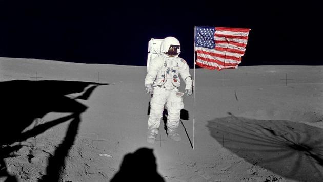 Apollo 14: Edgar D. Mitchell im Jahr 1971 auf dem Mond (Bild: APA/AFP/NASA)