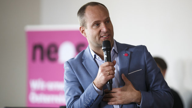 """NEOS-Chef Matthias Strolz: """"Wir freuen uns."""" (Bild: APA/ERWIN SCHERIAU)"""