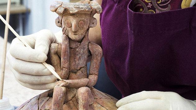 Israel: Forscher finden 3800 Jahre alte Tonkunst (Bild: IAA/Klara Amit)