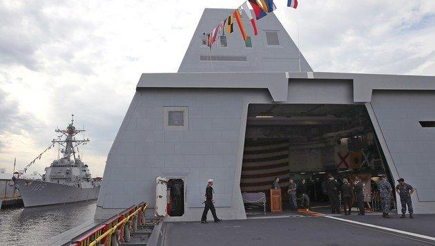 Die USS Zumwalt hat eine 150-köpfige Besatzung. (Bild: APA/AFP/GETTY IMAGES/MARK WILSON)