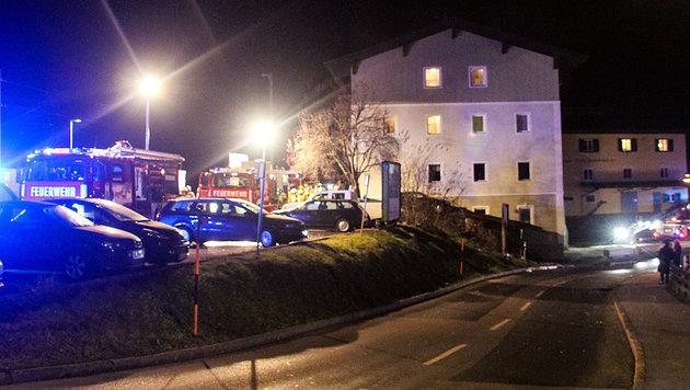 Explosion nach Wohnhausbrand in Tirol: Ein Toter (Bild: zeitungsfoto.at/Liebl Daniel)