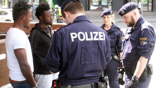 Alarmierende Zahlen: 7138 Drogenkriminelle in Wien (Bild: ANDI SCHIEL)