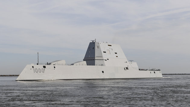 Modern, dennoch fehleranfällig: Die USS Zumwalt (Bild: APA/AFP/US NAVY/PO2 TIMOTHY SCHUMAKER)