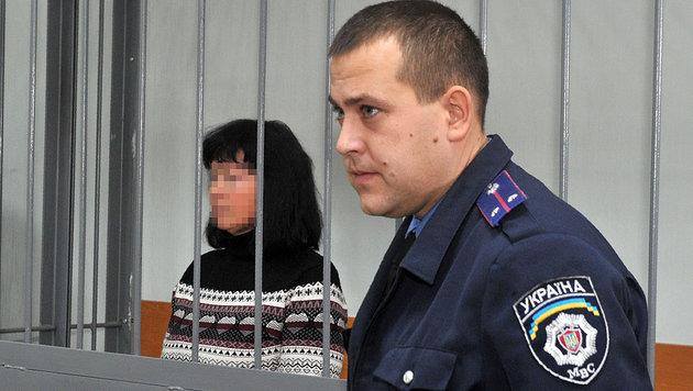Die 52-Jährige während einer Gerichtsanhörung in Charkow (Bild: APA/AFP/SERGEY BOBOK)