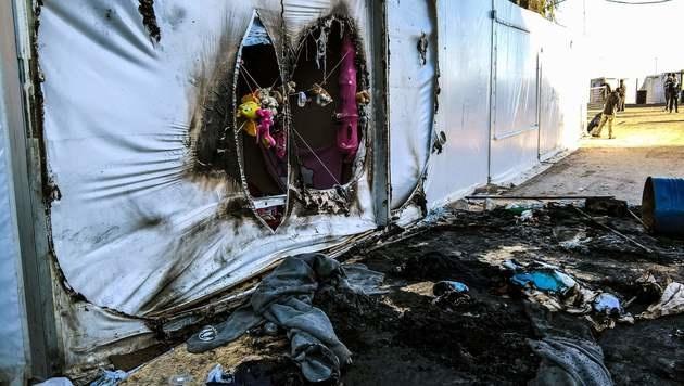 Auf Chios herrscht das totale Chaos. (Bild: APA/AFP/PANTELIS FYKARIS)