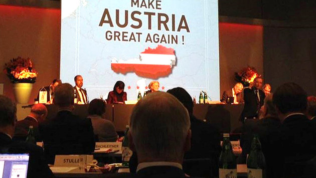 "Auf Trumps Spuren: ""Make Austria great again!"" (Bild: APA/VOLKER PLASS)"