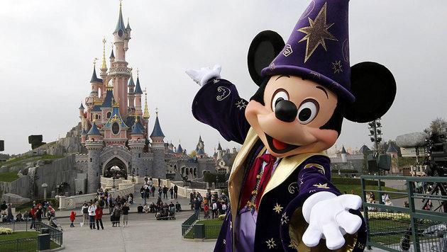 Disneyland Paris im Visier von Terroristen (Bild: APA/AFP/THOMAS SAMSON)