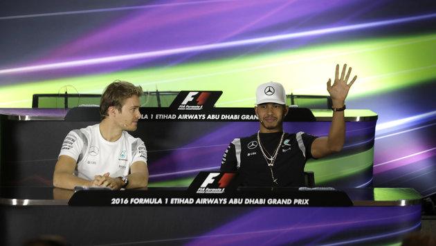 Hamilton und Rosberg verweigern Handschlag (Bild: AP)