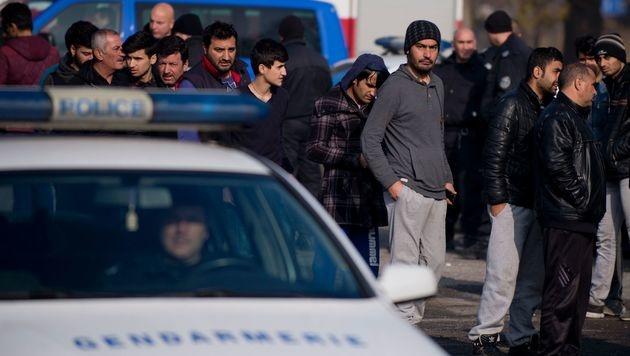 Bulgarien will tausend Flüchtlinge abschieben (Bild: AFP/NIKOLAY DOYCHINOV)
